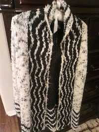 white and black knitted sweater Laurel, 20708