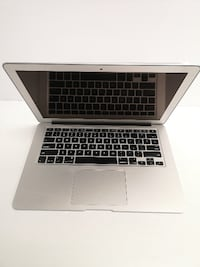 Apple A1466 2017 Macbook - 05603