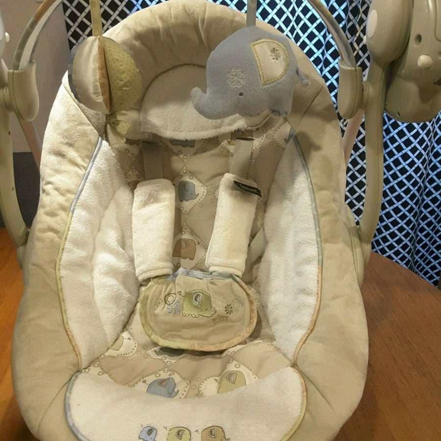 Compact Travel Baby Swing