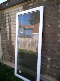 I am looking for someone to install a Larson storm door.