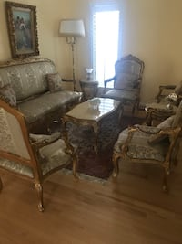 Traditional Living Room Furniture. Four chairs, two side table and one coffee table. Very clean, excellent condition moving must sell Sterling, 20165