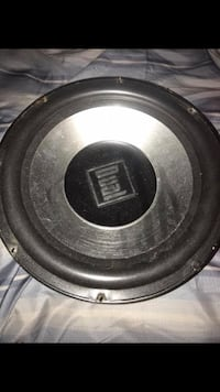"""Dual 12"""" Subwoofer  Tennessee Ridge, 37178"""