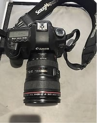 Canon EOS 5D Mark II with 24-105mm Canon Zoom lens 1:4 L USM Macro 0.4