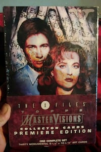"""The X-Files """"Topps"""" Master Visions collector cards"""