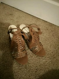 Cute light brown heals Redding, 96003