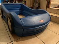 Kids car bed asking $75 OBO Elk Grove, 95758