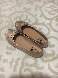 Girls shoes size 2.5 US Guelph, N1E 1B8