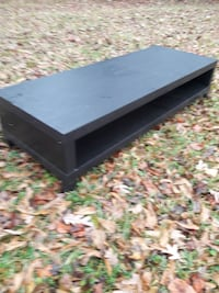 coffee table entertainment center 59 x 21.5 n 14 i