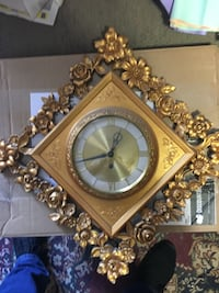 Antique eight day wind up wall clock with key. Manassas, 20110