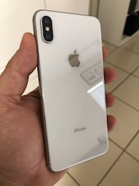 iPhone XS Max 64gb Silver T-Mobile, Metro PCS, Simple Mobile Like New Coral Gables, 33146