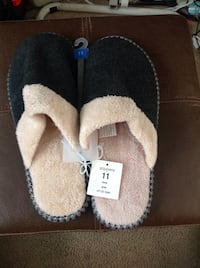 New women's slippers size 11 Stow, 44224