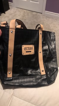 Guess purse  Dundas, L9H 1T2