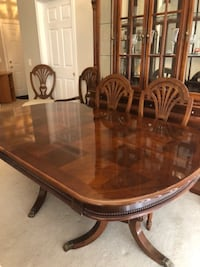 dining room table, 6 chairs and two piece hutch BOWIE