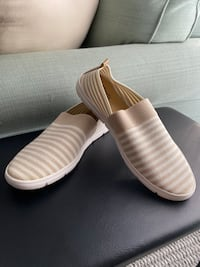 New! Women's shoes