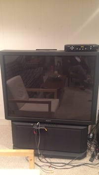 Black rear-projection TV (Sony)