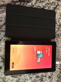 Kindle fire with case East Palestine, 44413