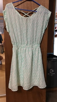 women's white and green striped sleeveless dress Fort Erie, L0S