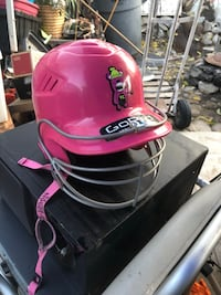 Girl's Pink Rawling's SOFTBALL/BASEBALL HELMET. w/regulation  Face-Protector & Chin pad+Strap. Size 6 1/4-6 7/8 youth.   Only $10/firm  2213 mi
