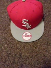 red and gray Sox print fitted cap 481 mi