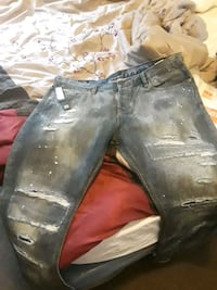 distressed blue-washed jeans Syracuse, 13203