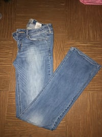 Hollister Jeans Fort Mitchell, 41017
