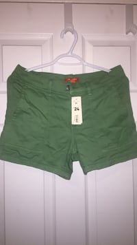 Joe Fresh green shorts size 4  London, N5Y 2N5
