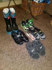 Boys shoes size 9 Evansville, 47714