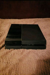 black Sony PS4 game console Lemon Grove, 91945
