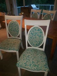 Dining chairs Saanichton, V8M 1W3