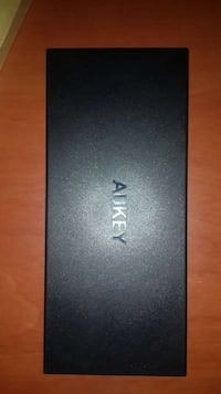 AUKEY 16000mAh Power Bank Quic Charge 2.0