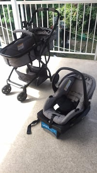 baby's black and gray travel system Surrey, V3R 6A5