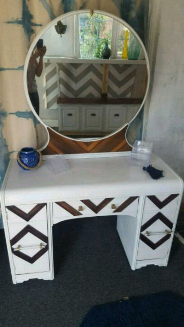 white and brown wooden desk