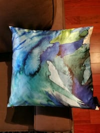 blue and green silk throw pillow Ottawa, K2P 1W6