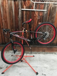 2017 Maui black and red medium frame 26inches wheels and tires front and rear disc brake brand new excellent condition San Jose, 95132