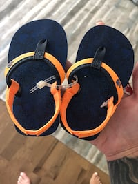 North face size 5c baby sandals  London, N6C 6A7