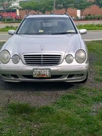 E320 Mercedes Benz wagon drives great