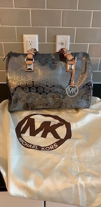 Michael Kors purse Rockville, 20852