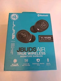 True wireless earbuds Las Vegas, 89108