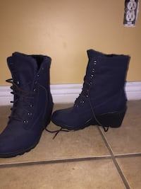 Women's new size 6 booties Phoenix, 85037
