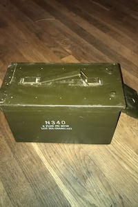 Very nice military issue ammo box , NO RUST !! Great for ammo or other Beltsville, 20705