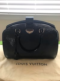 Louis Vuitton Pont Neuf GM Chantilly