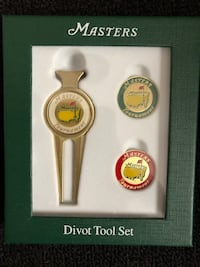 MASTERS DIVOT REPAIR KIT AND BALL MARKERS