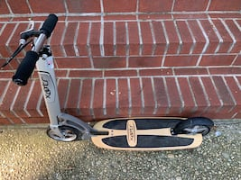 Xootr teen adult commuting kick scooter