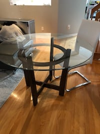 Glass table and 4 chairs  Laval, H7X 3W8