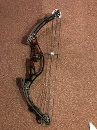 Black and gray compound bow Titusville, 16354