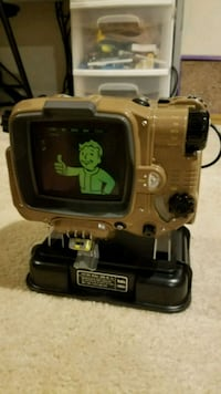 Fallout 4 Pip Boy Collectors Item  Chantilly, 20152