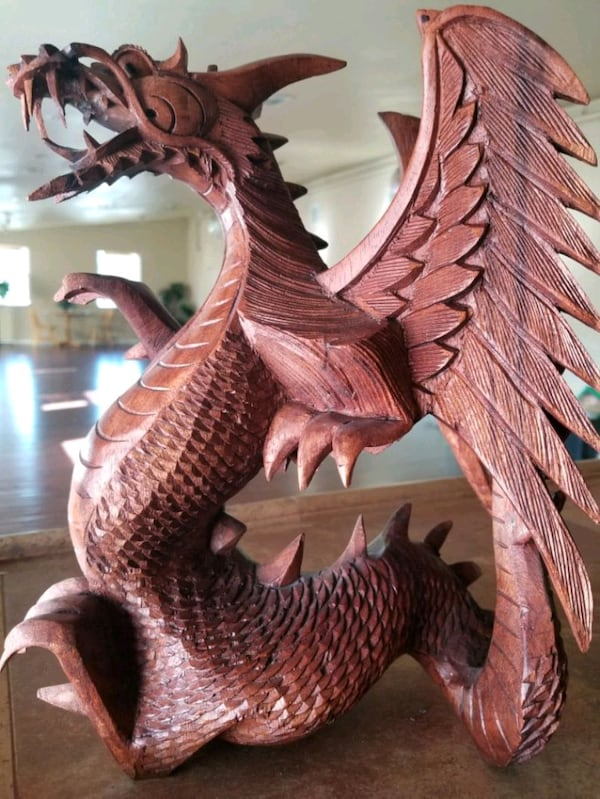 WOODEN DRAGON 0