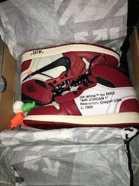 Brand new OFF WHITE CHICAGO 1 size 9 Arlington