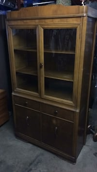Old china hutch with doors Auburn, 13021