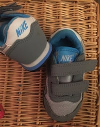 Toddler - NIKE tennis shoes size 5C Robertsdale, 36567